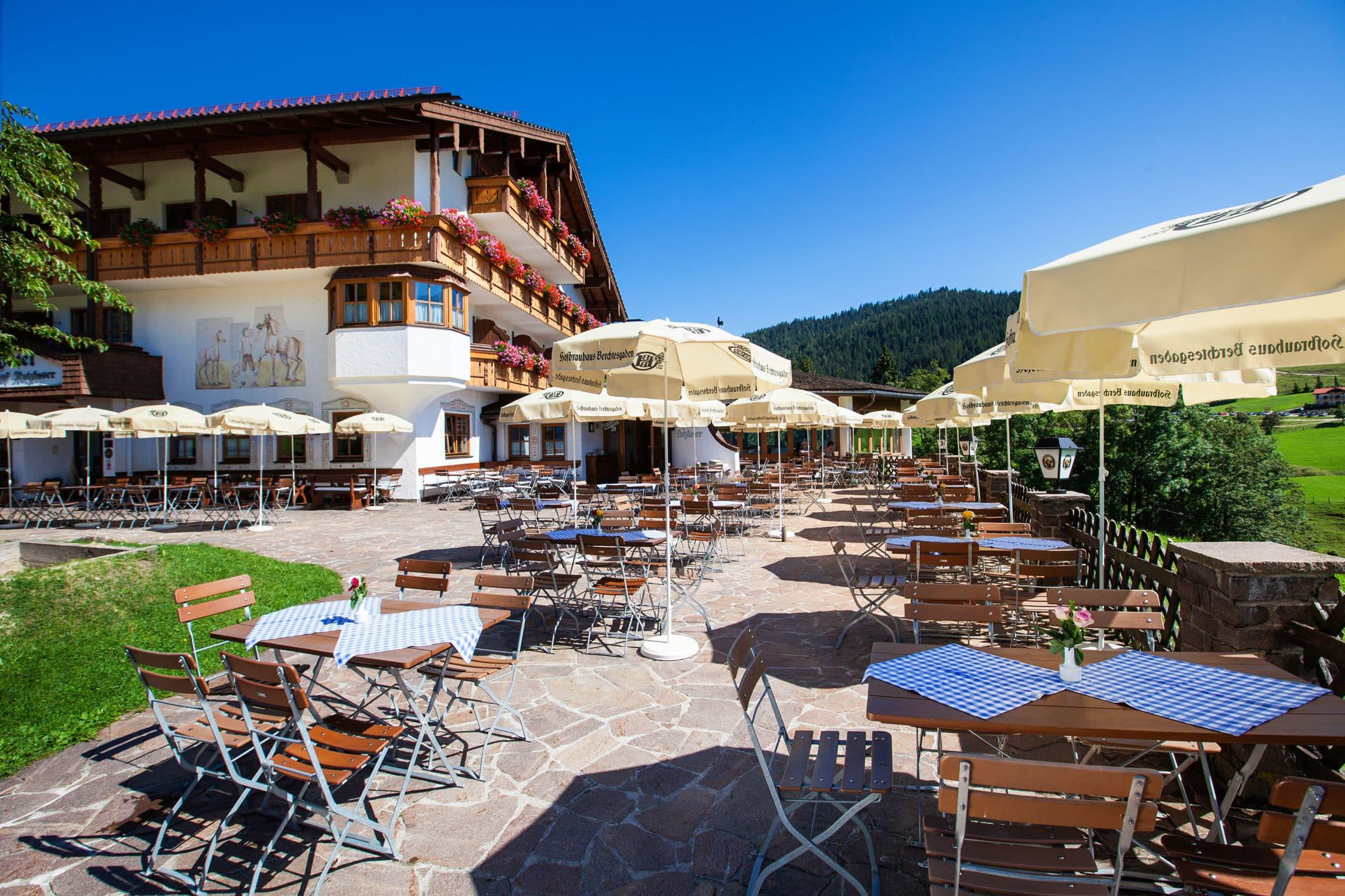 Hotel Gasthof Nutzkaser mit unserer sonnigen Panoramaterrasse