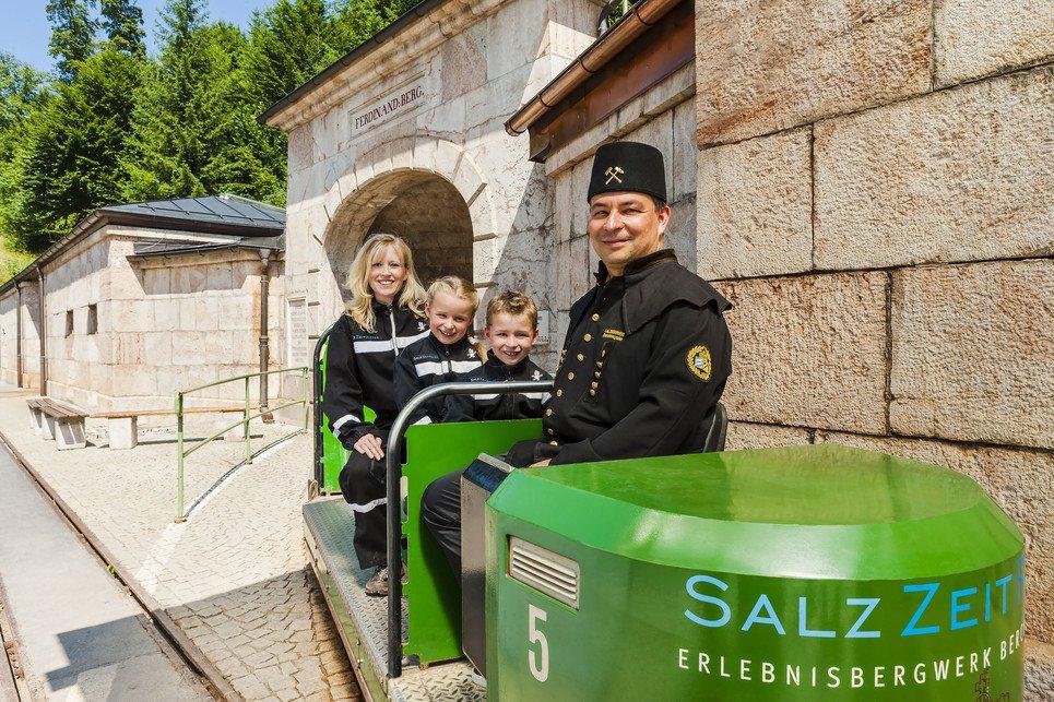 Das Salzbergwerk Berchtesgaden ist das älteste aktive Salzbergwerk Deutschlands, in dem hauptsächlich im nassen Abbau Salz gewonnen wird